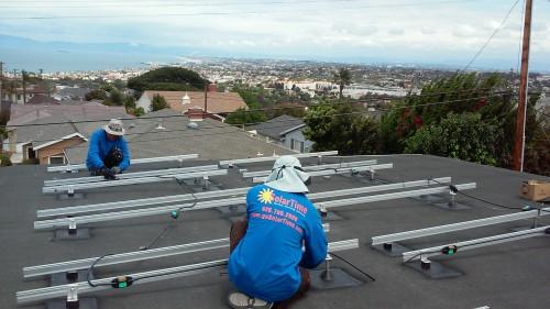 Thi công Hệ thống Điện Năng Lượng Mặt Trời hòa lưới cho hộ dân